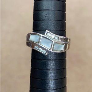 Lia Sophia pearl white silver ring